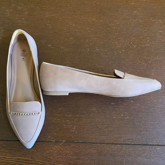 Call it spring flats. Size 9